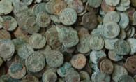 Как чистить бронзовые монеты самому?