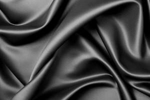 Как гладить натуральный шелк?
