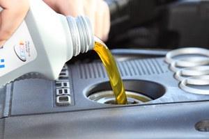 Как отстирать пятна машинного масла