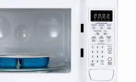 Как очистить микроволновку внутри от жирных пятен?