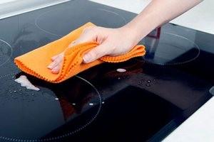 Чем отмыть стеклокерамическую плиту