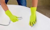 Чем чистить акриловую ванну – выбираем эффективные средства