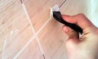 Чем отмыть затирку с плитки – возвращаем кафелю блеск
