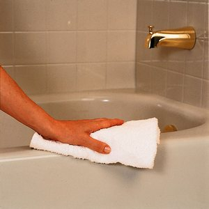 Чем почистить ванну, чтобы блестела
