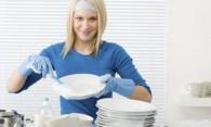 Как быстро помыть посуду – народные и современные способы