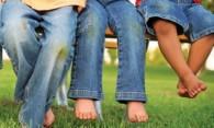 Как отстирать траву с джинс и другой одежды – убираем следы зелени