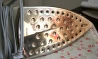Как почистить утюг от нагара и накипи в домашних условиях?