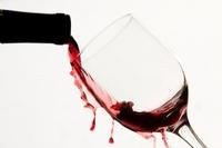 удаление пятен красного вина