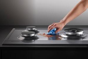 как отмыть электрическую плиту