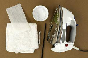 как почистить утюг от пригара