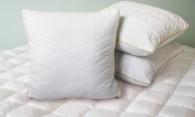 Как стирать подушку из холлофайбера и подушку-антистресс правильно?