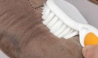 Как стирать замшевую обувь своими руками?