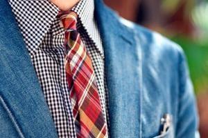 как погладить галстук