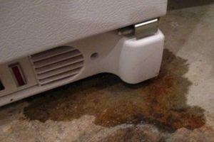 после разморозки холодильник не охлаждает