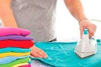 гладить футболку