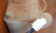 Как почистить замшу от разнообразных пятен своими руками?