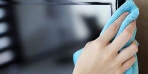 Какими средствами можно протирать экран ЖК и плазменного телевизора?