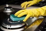 чистить плиту из нержавеющей стали