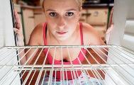 в холодильнике появился неприятный запах