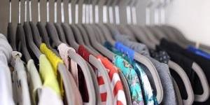 Запах сырости в шкафу: избавляемся от неприятных ароматов