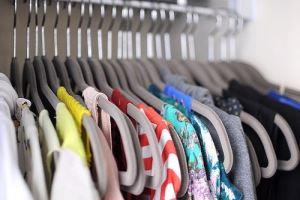 как избавиться от затхлого запаха в шкафу