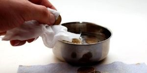 Как почистить старую монету в домашних условиях