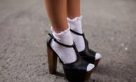 Как отбелить белые носки: полезные советы