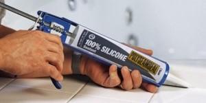 Как отчистить силикон — рецепты для разных поверхностей