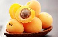 отстирать пятна от абрикосов