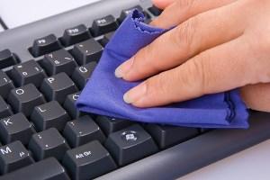 чистка клавиатуры ПК
