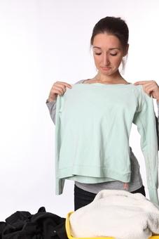 Как вывести с одежды застарелые пятна разного происхождения