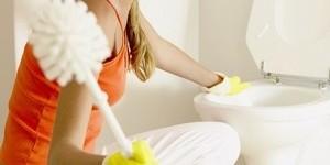 Забился унитаз: устраняем засор домашними методами