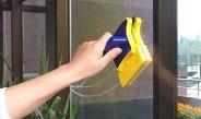 мытья окон на балконе снаружи