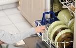 из посудомоечной машины неприятно пахнет