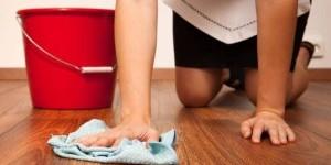 Белый налет на линолеуме после ремонта: эффективные моющие средства