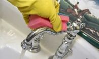 Как очистить кран от известкового налета и натереть его до блеска?