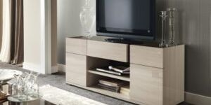 Тумба под телевизор – незаменимый предмет мебели