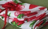Как отстирать кухонные полотенца – способы и решения