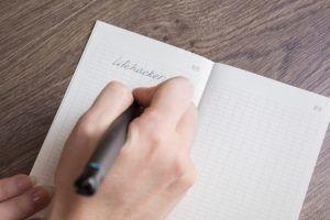 Работа над ошибками или как стереть ручку с бумаги практически без следов
