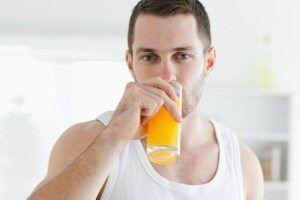 Как вывести пятно от фруктового или ягодного сока?
