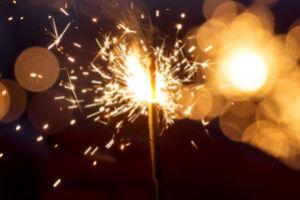 Бенгальские свечи – незаменимый атрибут любого нового года