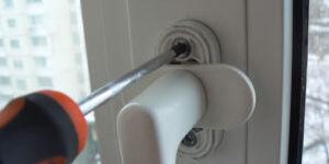 Основные виды и особенности профессионального ремонта пластиковых окон