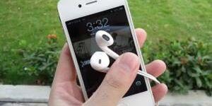 Как и чем почистить наушники Apple EarPods от iPhone?