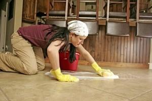 Як правильно мити підлогу