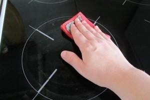 Як мити керамічну плиту