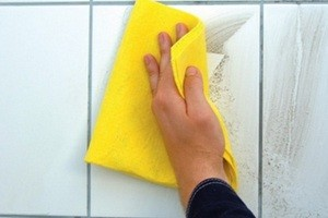 Чим відмити затірку з плитки