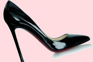 Догляд за лакованої шкіряним взуттям