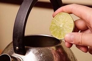 Як чистити чайник лимонною кислотою