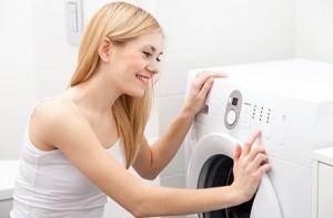 прання речей у машинці