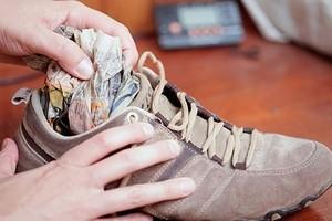 Як правильно сушити взуття